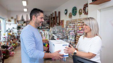 Photo of Lidé prodávají čím dál víc osobních věcí. PPL jim vyhází vstříc posíláním balíků na dobírku
