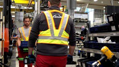 Photo of Chytrá vesta pohlídá bezpečný odstup lidí ve skladu nebo ve výrobě