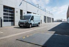 Photo of Elektrický Peugeot Boxer ujede až 340 km. Ne však v Česku