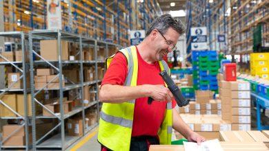 Photo of DB Schenker ve skladu ve Strančicích zaměstnává nejlepší zdravotně postižené zaměstnance roku