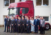 """Photo of Scania si v Česku vychovává mladé techniky, znovu nabízí stipendijní program """"Mladí profesionálové Scania"""""""